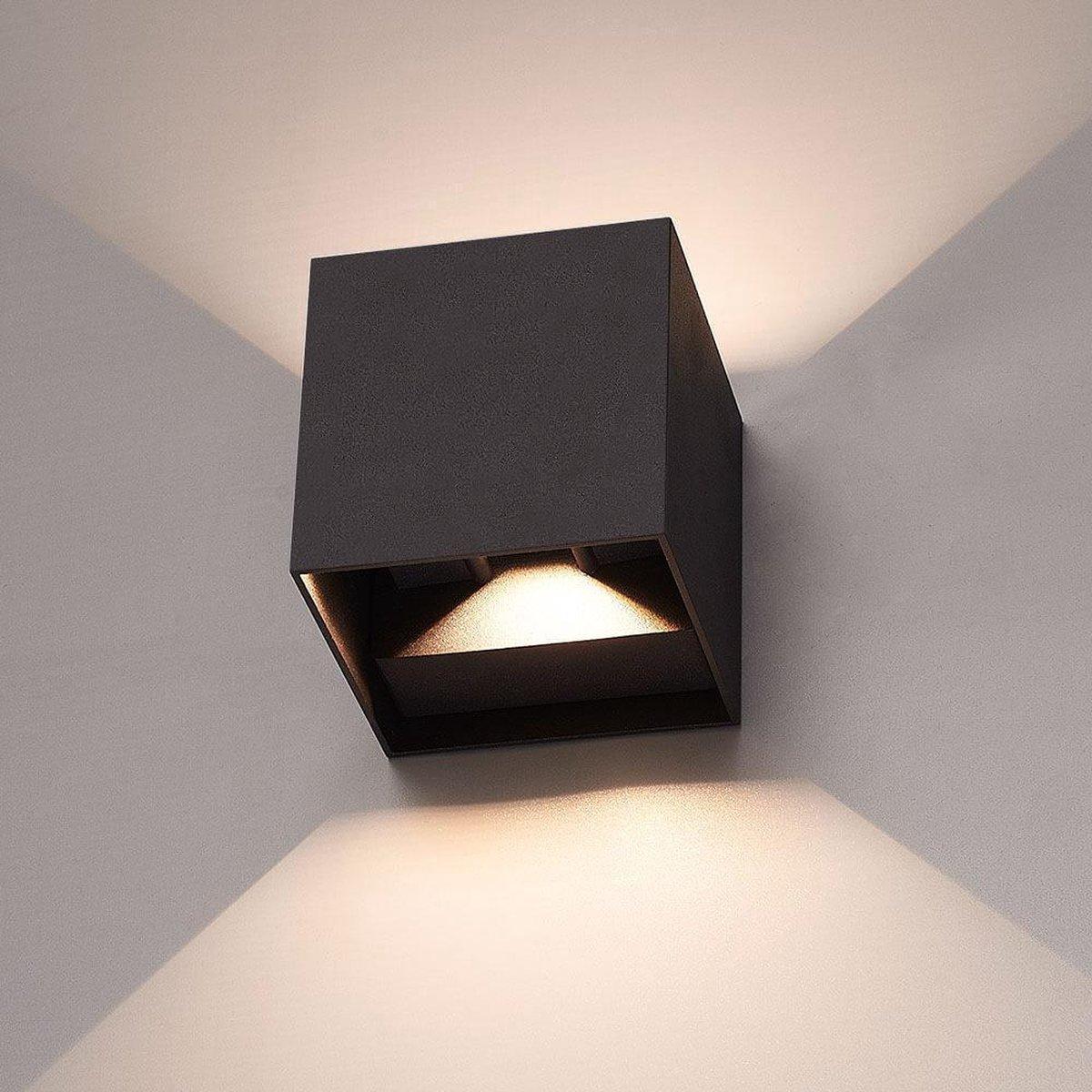 HOFTRONIC  Wandlamp LED Zwart - Kubus tweezijdig oplichtend - geschikt voor binnen en buiten