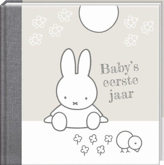 Boek cover Nijntje Babys 1e jaar zilver herziene editie van
