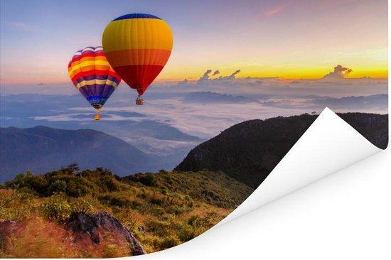 Luchtballonnen met uitzicht op een kleurrijke hemel Poster 180x120 cm - Foto print op Poster (wanddecoratie woonkamer / slaapkamer) XXL / Groot formaat!