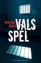 Boek cover Vals spel van Mirjam Mous (Paperback)