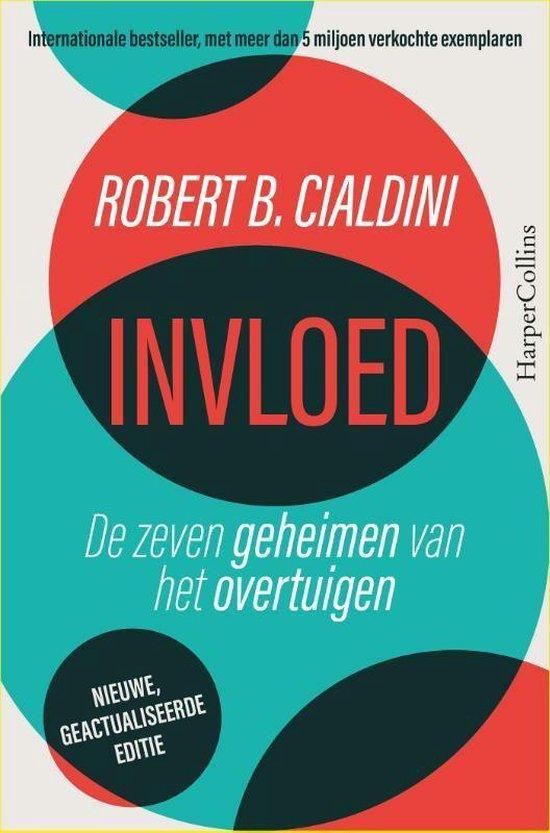 Boek cover Invloed van Robert Cialdini (Paperback)