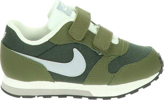 traidor sexo Perímetro  bol.com | Nike MD Runner 2 Baby klittenband sneaker - Kaki - Maat 22