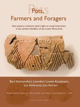 Boek cover Pots, Farmers and Foragers van L. P. Louwe Kooijmans (Paperback)
