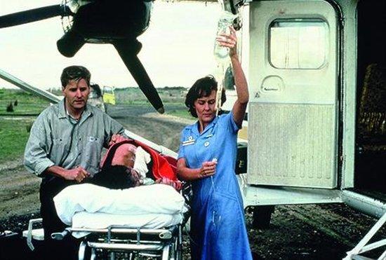 Flying Doctors - Seizoen 1 t/m 4 & Complete Miniserie - Tv Series