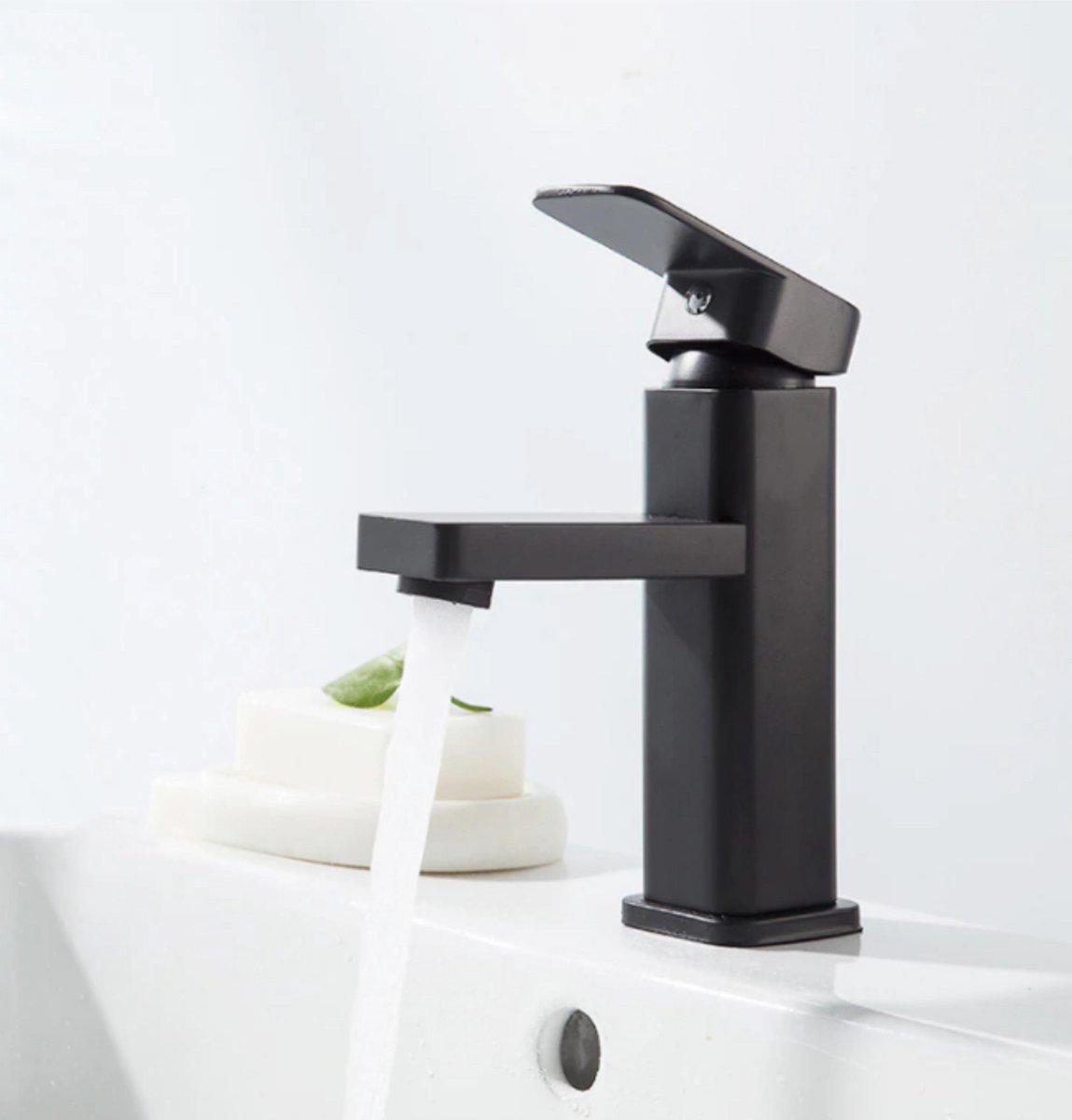 GIMAXX Luxe Wastafelkraan - Zwarte Keukenkraan Zwarte Handgreep - Hoogwaardige Badkamerkraan - Geschikt voor Warm & Koud Water - Zwart