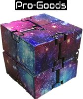 Pro-Goods - Infinity cube Space Kleuren – Fidget cube – Fidget toy –  Fidgets - speelgoed jongens – speelgoed meisjes – Anti stress – Pop it – Fidget pad – stressbal – Friemelkubus – Friemel kubus – Tiktok – Fidget spinner  Fidget gadget -Magic cube