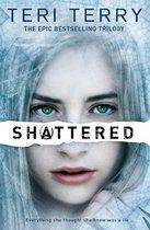 Omslag SLATED Trilogy: Shattered