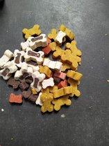 Gemengde Partymix-Snoepmix - Minibones - Zachte snoepjes - Hondensnoepjes - Traktatie voor puppy van de snackmeester 1.5kg