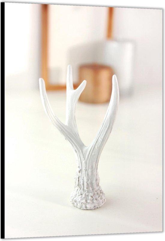 Dibond –Wit Beeldje van Takken– 30x40cm Foto op Aluminium (Met Ophangsysteem)