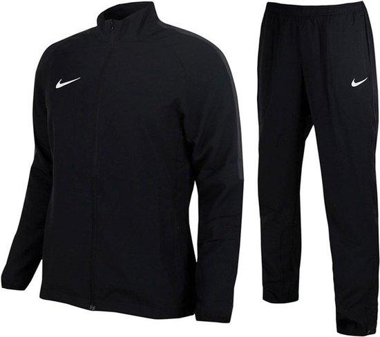 bol.com | Nike Trainingspak - Maat M - Vrouwen - zwart