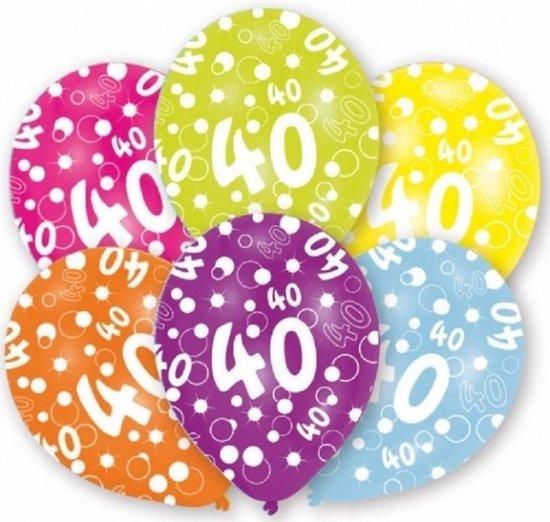 12x stuks 40 jaar verjaardag leeftijd ballonnen 27 cm - Feestartikelen/versieringen