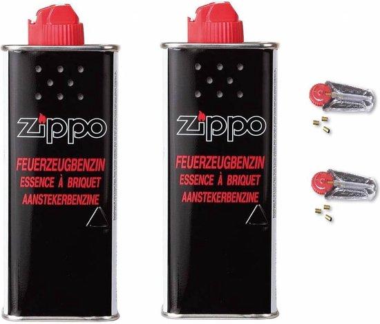 Zippo Voordeelpakket - 2x Aanstekervloeistof en 2x Vuursteentjes - Zippo