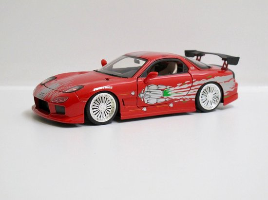 Jada Toys 1/24 Dom's Mazda RX-7 uit de film The Fast & the Furious