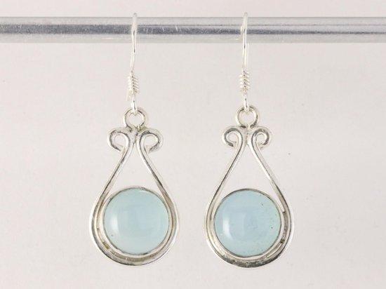 Zilveren oorbellen met blauwe chalcedoon
