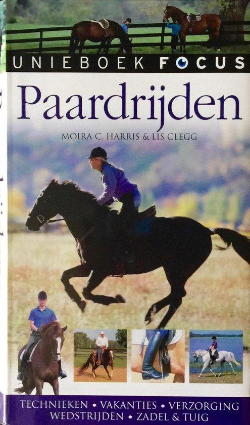 Cover van het boek 'Focus / Paardrijden'