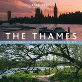 Boek cover The Thames van Derek Pratt