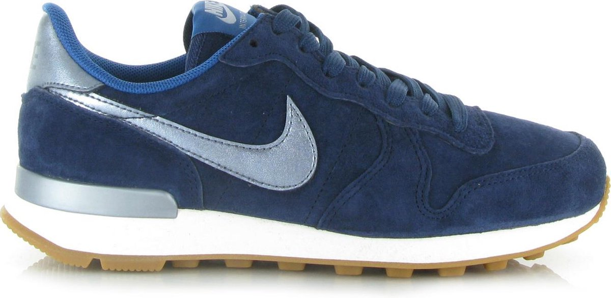 blauwe nike sneakers internationalist dames
