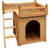 Hondenhok met balkon en trap