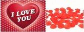 Valentijnsdag pakket - Rode rozenblaadjes met I Love You valentijnskaart