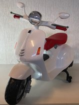 Kindercar Vespa  Retro scooter 12v wit koplamp en verlichting/mp3