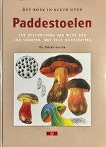Het boek in kleur over paddestoelen