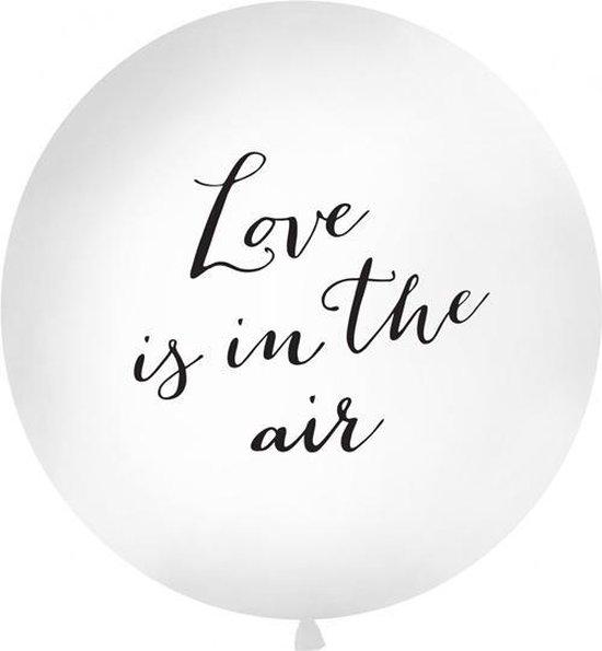 Megaballon Love is in the Air wit/zwart