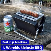 Mikamax Draagbare Mini BBQ - Barbecue - 's Werelds Kleinste Barbecue - BBQ Houtskool - Past in je Broekzak - 18 × 6 × 15,5 cm - 714 gram