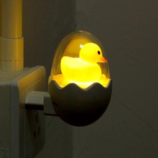 Nachtlampje stopcontact | LED | eendje/ kuikentje in ei | lichtsensor | babykamer  kinderkamer | verlichting