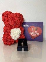 Cadeau pakket Deluxe van LoveSurprises - Rozen beer rood met wit hart  - I love you liefdes ketting - Valentijnsdag cadeau - Moederdag cadeau - Verjaardagscadeau - liefdes verrassing