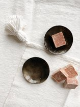 Amberblokje in zwart organzazakje - Geurblokje uit Marrakech - Amber geur - Huisparfum