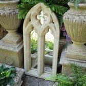 Betonnen tuinbeeld - Betonnen gotische lancet spiegel