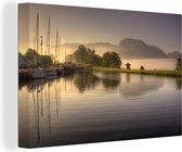 Mooie haven met de Ben Nevis op de achtergrond Canvas 30x20 cm - klein - Foto print op Canvas schilderij (Wanddecoratie woonkamer / slaapkamer)