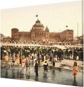 Oud Stadsgezicht Scheveningen Kurhaus en Strand - Oude Foto Print op Canvas Doek - 90x60 cm