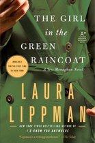Omslag Girl in the Green Raincoat