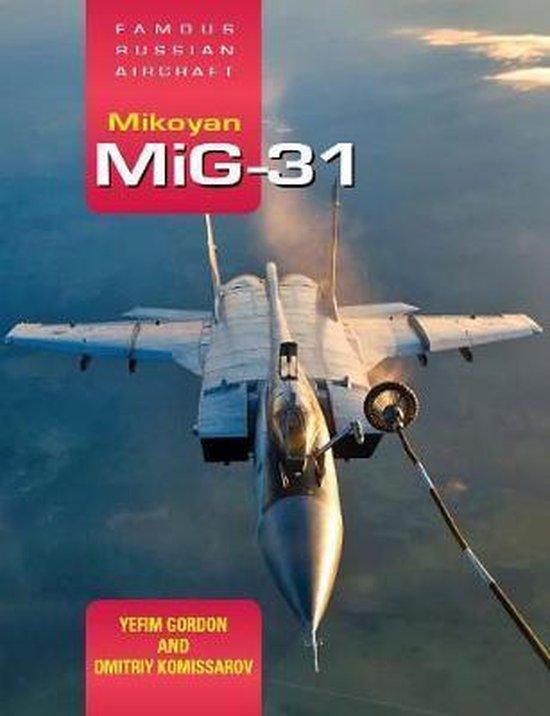 Boek cover Famous Russian Aircraft van Yefim Gordon (Hardcover)