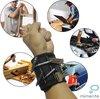 Klus armband - Klussen- Klus accessoires - Magnetische Armband - Klus gereedschap - Klusarmband - Nr 1 van NL & BE - Verstelbaar - Voor schroeven, spijkers, bitjes - Extra sterk - Doe het zelf - Gereedschapsriem - Sterkste in omloop