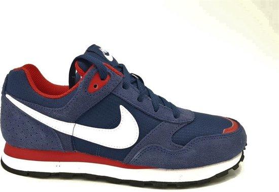 Nike MD Runner GS maat 38