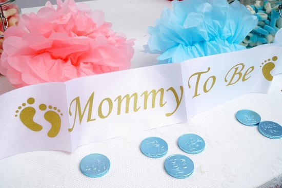 Mommy to be Sjerp Sash Babyshower Versiering voor zwangere Goud en Wit Speciaal voor Baby shower decoratie en Gender Reveal.
