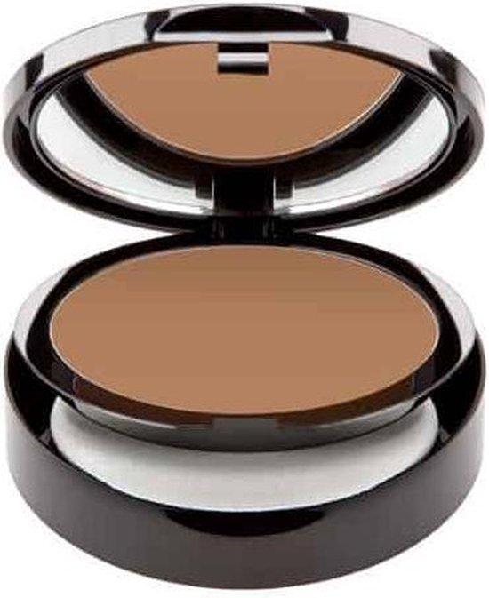 UNG – Cream to powder – Foundation – Oriental