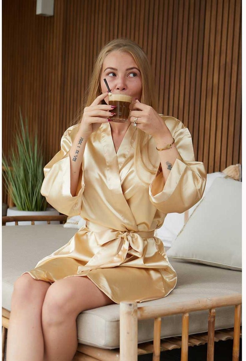 Badjas kimono satijn dames -100% polyester satijn   Champagne kleurige kamerjas - One size (36-42)