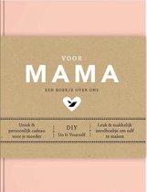 Boekomslag van 'Voor mama'