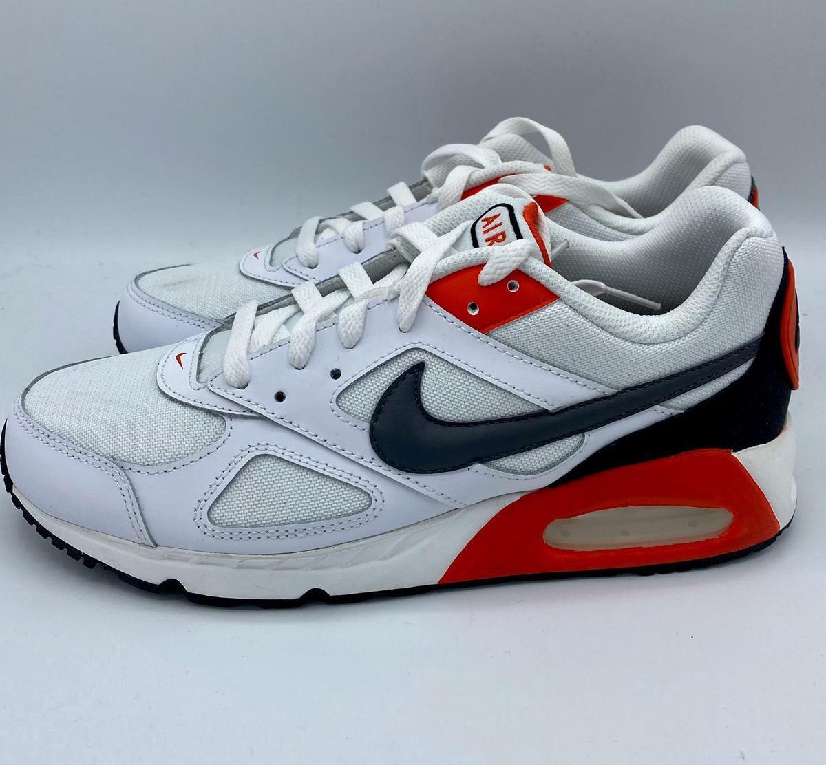 Nike Air Max IVO (Habanero Rood) Maat 41