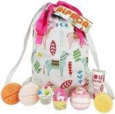 """Moederdag Cadeau Bad Geschenkset """"Alpaca My Bag"""" in leuke tas met handgemaakte zeep, bath bombs en veel meer!"""