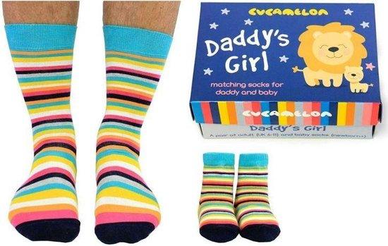 Cadeaudoosje met vader en dochter sokken - Daddy's girl socks - maat 39/46 en 0 tot 12 mnd - cadeau idee - aanstaande papa cadeau