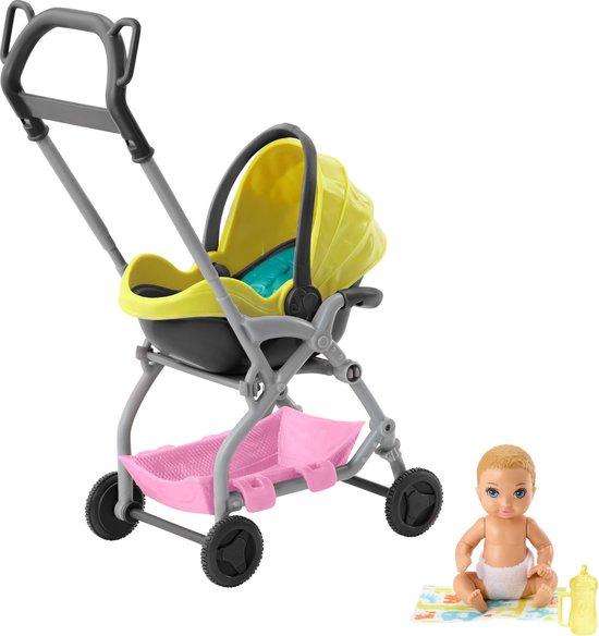 Barbie Babysitter Skipper Gele Wandelwagen