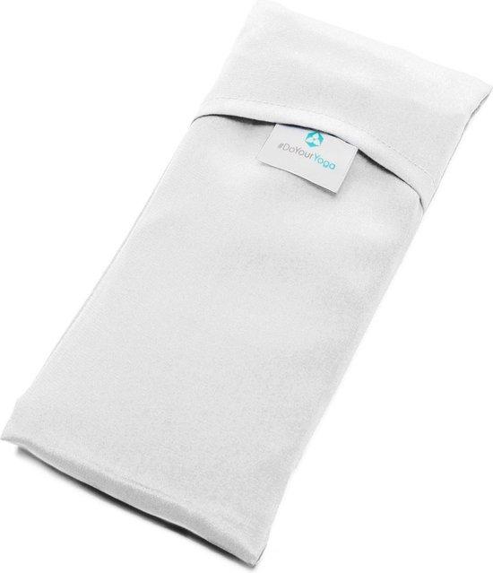 #DoYourYoga - Zijden oogkussen - »Balu« - met lijnzaad / lavendel vulling - biologische zijde, aangenaam zacht - 20x9 cm - Crème Wit