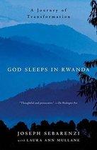 Omslag God Sleeps in Rwanda