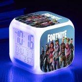 Fortnite Battle Royale Karakters Alarm Wekker met 7 kleuren LED - Tempratuur Weergave - Kalender - Nachtlampje Led | Digitaal | Klok
