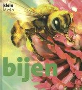 Klein leven  -   Bijen