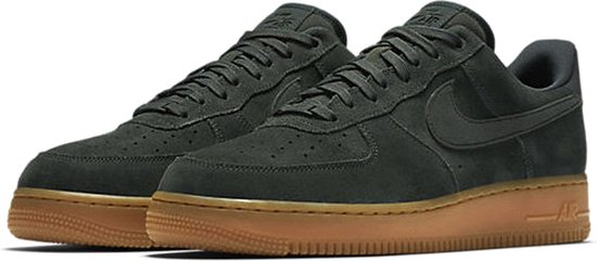 bol.com | Nike Air Force 1 '07 LV8 Sneakers - Maat 43 ...